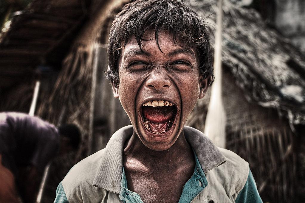 Show Me Zombie Face, Sri Lanka
